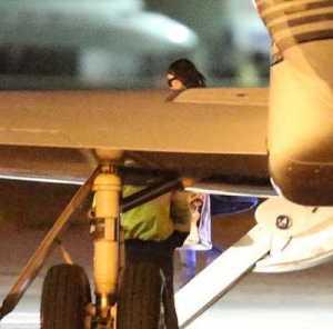 Photos: Kim Kardashian hurries back to Los Angeles to be with hospitalized husband, Kanye West